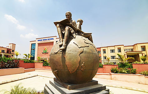 Open complex of Made Easy School Gurgaon which is one of the top schools in gurgaon