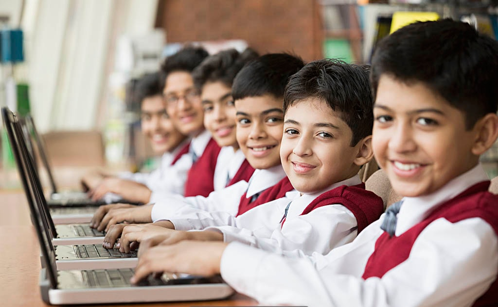 Modern Gadgets & Computer Labs in Made Easy School Gurugram
