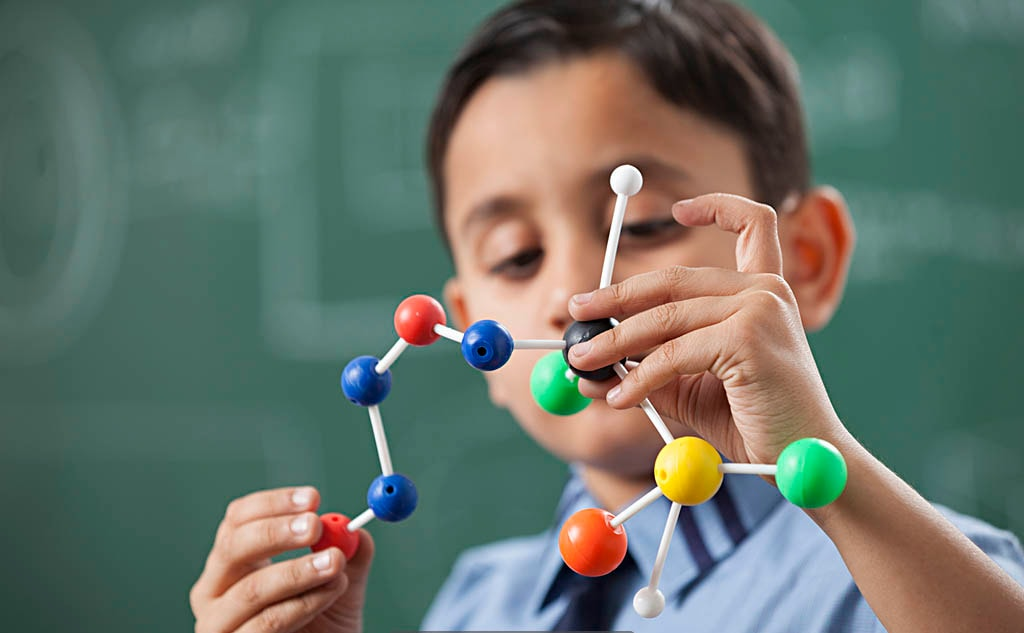 Practical Chemistry Labs in Made Easy School Gurugram